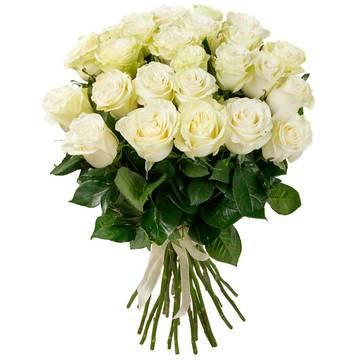 молочно-белые шикарные бутоны роз.jpeg